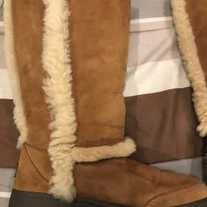 UGG Shoes - Tall ugg boots sz 7